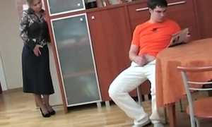 Russian mom caught the brush step daughter masterbating