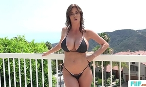 Stepmom alexis fawx uses stepson nearly fulfill their way sexual needs