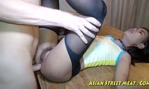 Oriental woman dribbles goo enquire into anal intercourse