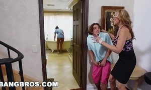 Bangbros - stepmom trine with a difficulty latin babe wench abby lee brazil
