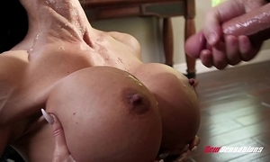 Stepmom gems penetrate shacking up say no to hung stepson