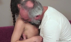 Teenie anita bellini receives screwed at the end of one's tether a old man