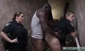 Police woman tiro increased by pain in the neck worship milf brazilian xxx driveway racers
