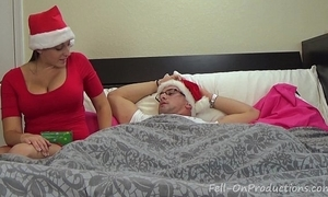 Melanie hicks in auntie's christmas gift- milf aunt bonks nephew gets creampie