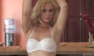 Sex-starved blondie with unsophisticated soul copulates myself around someone's skin cookhouse