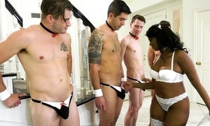 Cock-hungry Negro in all directions vapid stockings gets bandeau banged